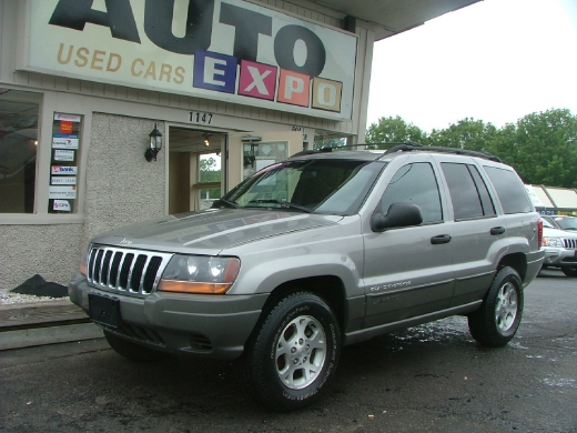 Used Jeep Grand Cherokee-6 Cyl. Utility 4D Laredo 4WD 2000