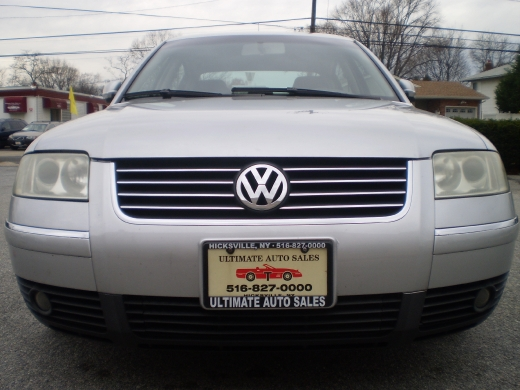 Used 2003 Volkswagen Passat in Hicksville, New York | Ultimate Auto Sales. Hicksville, New York