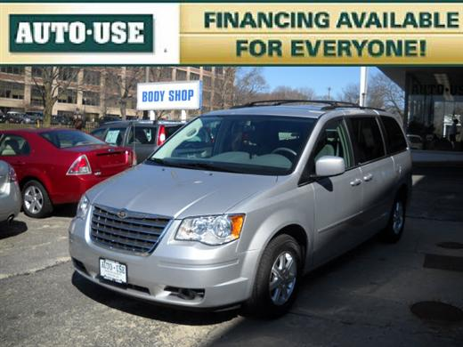 Used Chrysler Town & Country Touring 2008
