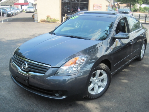 Used 2007 Nissan Altima in Huntington Station, New York