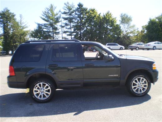 2003 Ford Explorer XLT, available for sale in Hicksville, New York | Ultimate Auto Sales. Hicksville New York