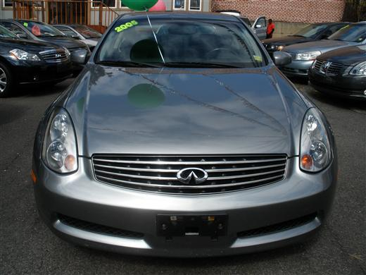 2005 Infiniti G35 Coupe NAVIGATION 2dr Cpe Auto, available for sale in Huntington, NY