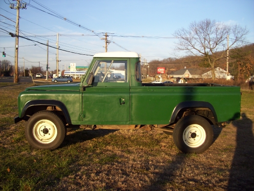 1984 LAND ROVER DEFENDER 110 pickup, available for sale in Wallingford, Connecticut | Vertucci Automotive Inc. Wallingford, Connecticut