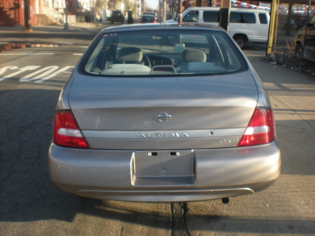 2001 Nissan Altima 4dr Sdn GXE Auto, available for sale in Brooklyn, New York | Atlantic Used Car Sales. Brooklyn New York