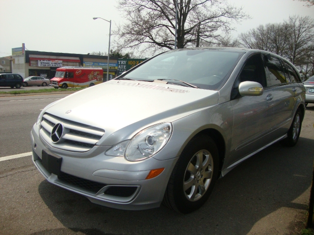 Used Mercedes-Benz R-Class 4MATIC 4dr 3.5L 2006 | Sunrise Auto Sales. Rosedale, New York