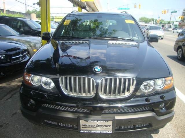 Used BMW X5 AWD 4.4i 2005