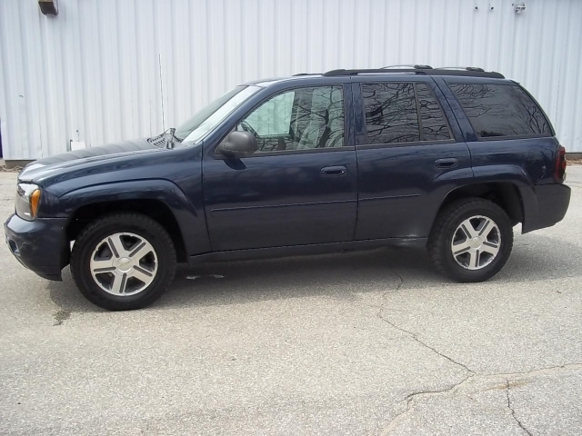 2007 Chevrolet Trailblazer LT 4D UTILITY 4WD, available for sale in Manchester, New Hampshire | Second Street Auto Sales Inc. Manchester New Hampshire