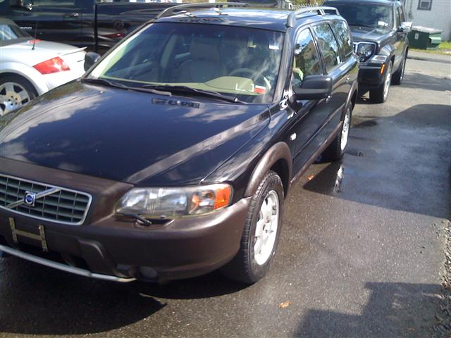2001 Volvo V70 XC AWD A SR 5dr Wgn AWD Turbo , available for sale in West Babylon, New York | SGM Auto Sales. West Babylon New York