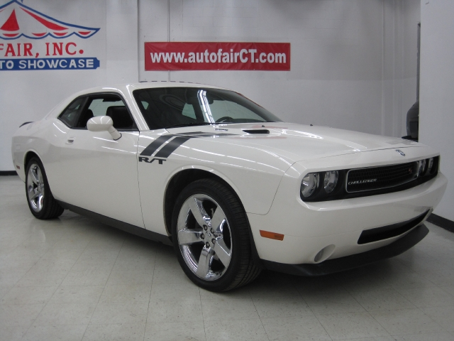 Used Dodge Challenger 2dr Cpe R/T 2009