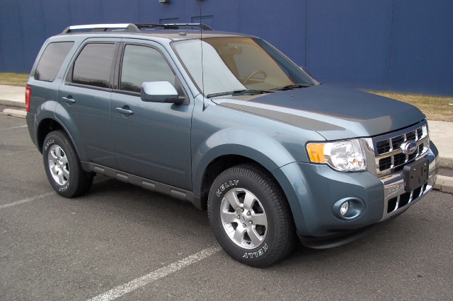 Used Ford Escape 4WD 4dr Limited 2010