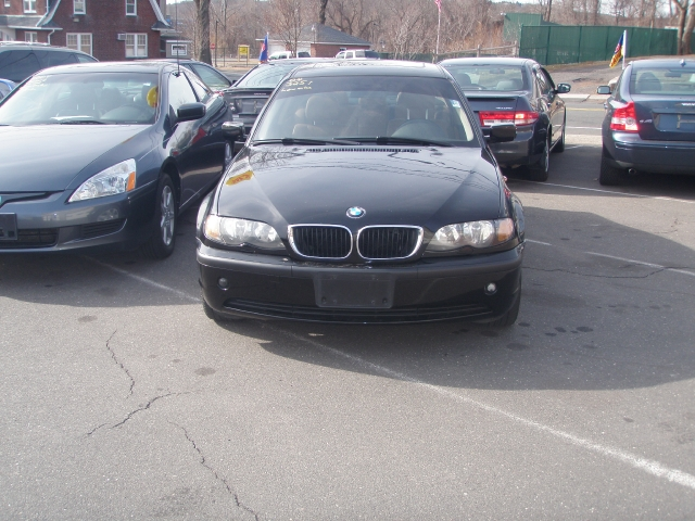 Used BMW 3 Series 325i 4dr Sdn RWD 2004