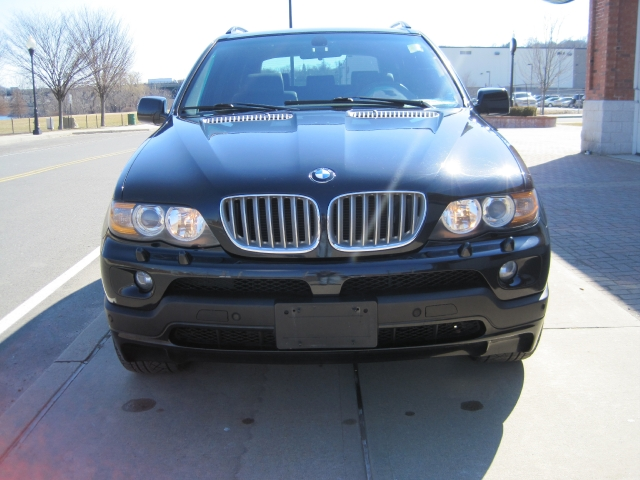 2006 BMW X5 X5 4dr AWD 4.8is, available for sale in Shelton, Connecticut | Center Motorsports LLC. Shelton, Connecticut