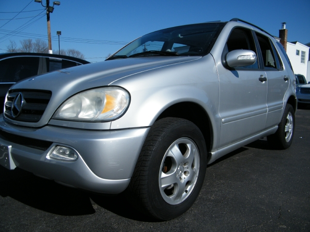 Used Mercedes-Benz M-Class 4dr AWD 3.5L 2003