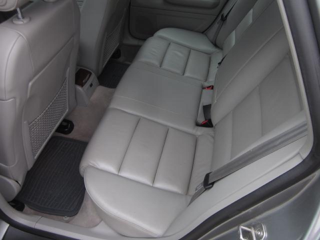 2004 Audi A4 2004.5 5dr Wgn 3.0L Avant quat, available for sale in Danbury, Connecticut | DRT, Inc. Danbury Connecticut