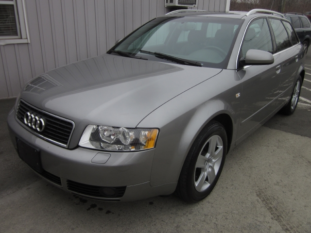 2004 Audi A4 2004.5 5dr Wgn 3.0L Avant quat, available for sale in Danbury, CT