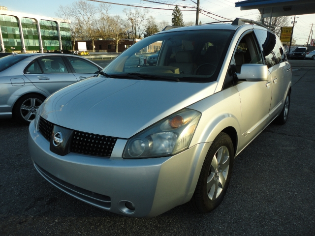 Used Nissan Quest 4dr Van SE 2004