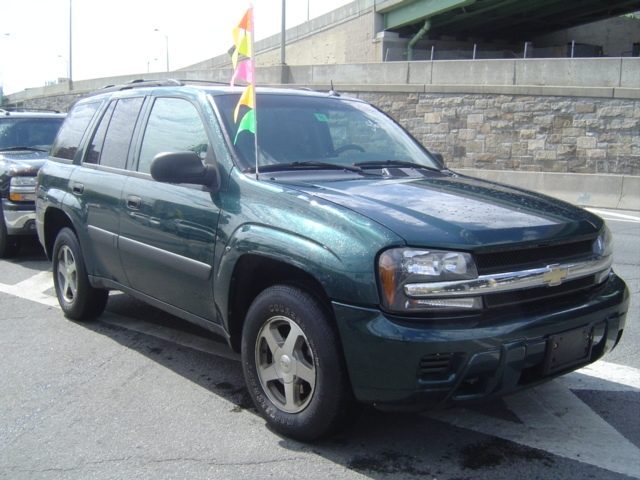 Used Chevrolet TrailBlazer 4dr 4WD LT 2005