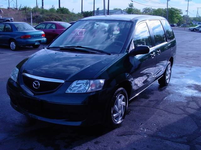 Used 2003 Mazda MPV in Shrewsbury, Massachusetts