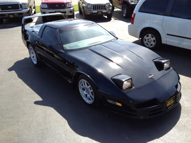 1988 Chevrolet Corvette 2dr Hatchback Coupe, available for sale in West Chester, Ohio | Decent Ride.com. West Chester Ohio