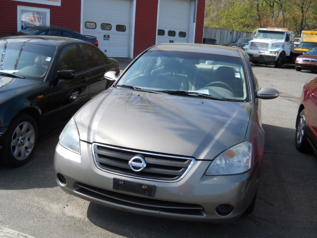 Used Nissan Altima 4dr Sdn 2.5 S Auto 2004