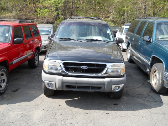 """Used Ford Explorer 4dr 112"""" WB XLT 4WD 1999"""