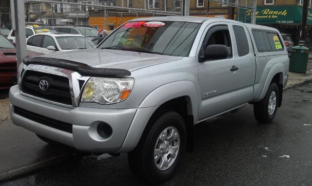 Used Toyota Tacoma Access 128
