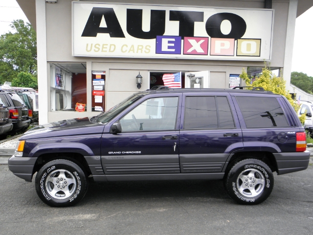 Used Jeep Grand Cherokee 4dr Laredo 4WD 1997