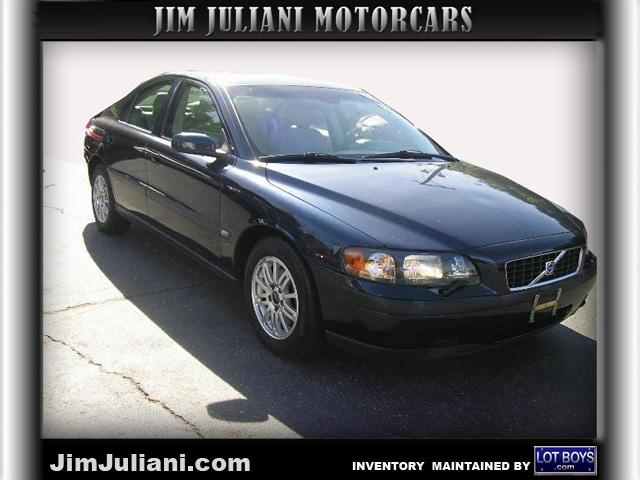 Used Volvo S60 2.4L Auto w/Sunroof 2004