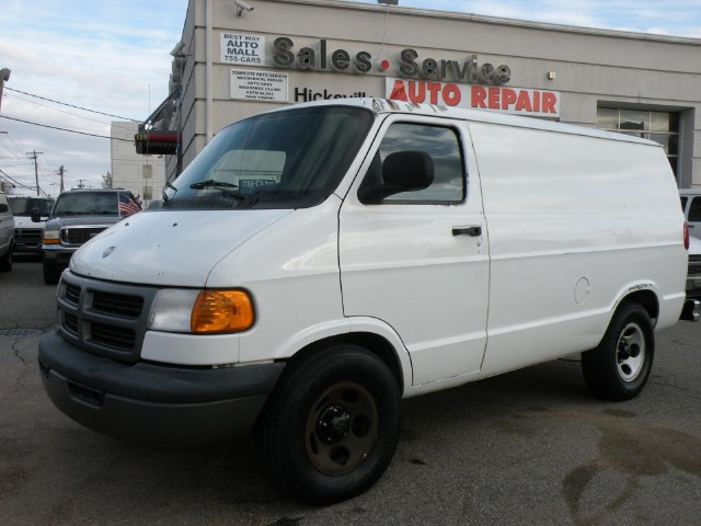 "Used Dodge Ram Van 3C 1500 109"" WB WITH A/C 2003"