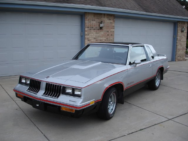 Used Oldsmobile Cutlass HURST/OLDS 1984