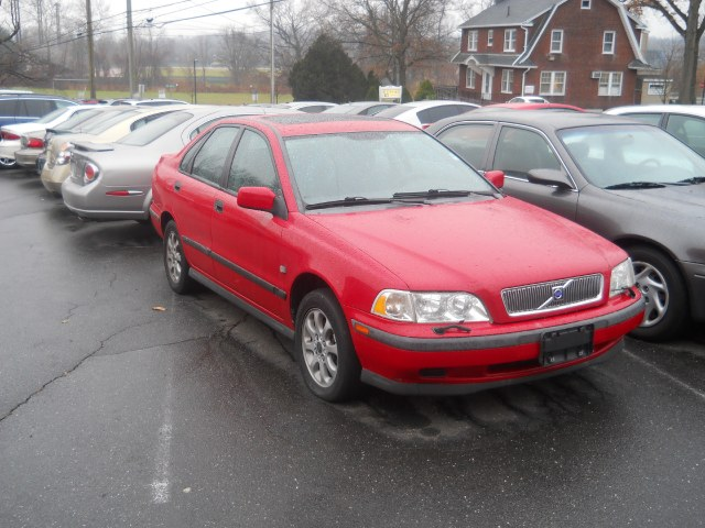 Used Volvo S40 AS 4dr Sdn w/Sunroof 2000