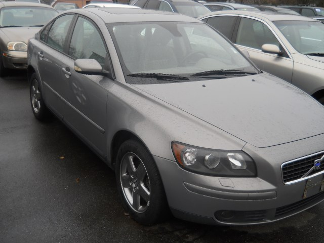 Used Volvo S40 2.5L Turbo AWD Auto w/Sunroof 2005