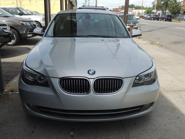 Used BMW 5 Series 4dr Sdn 528i xDrive AWD 2010