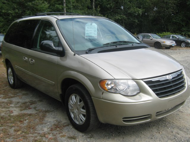 Used Chrysler Town & Country LWB 4dr Wgn Touring 2007