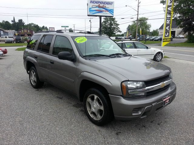 Used Chevrolet TrailBlazer 4WD 4dr LS 2007