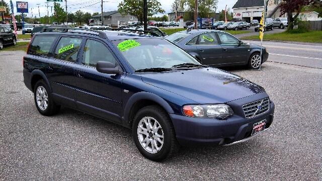 Used Volvo V70 Cross Country 2004