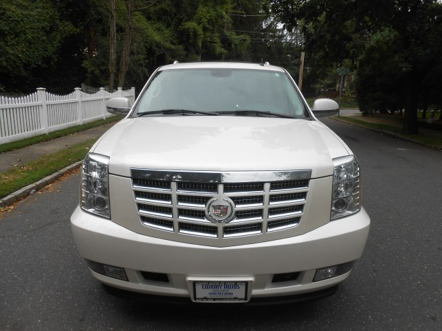 Used Cadillac Escalade AWD 4dr 2008