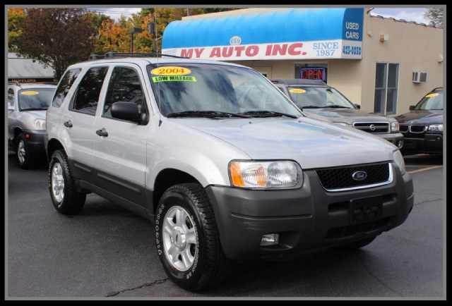 "Used Ford Escape 4dr 103"" WB XLT 4WD 2004"