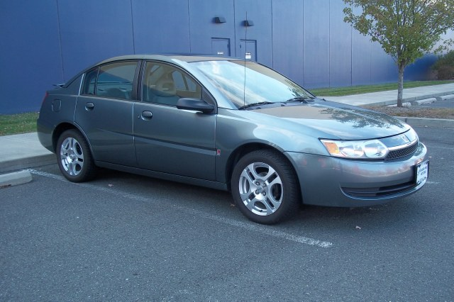 Used Saturn Ion ION 2 4dr Sdn Manual 2004
