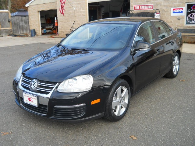 Used 2009 Volkswagen Jetta Sedan in Wallingford, Connecticut
