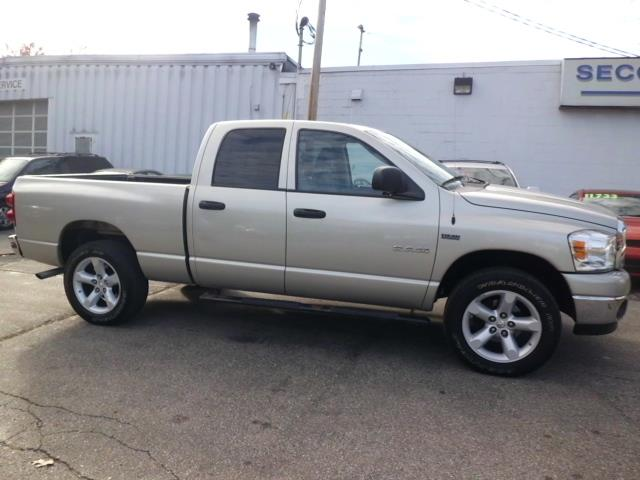 Used Dodge Ram 1500 QUAD SLT *HEMI* 2008