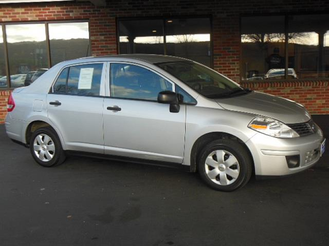 Used 2011 Nissan Versa in Naugatuck, Connecticut