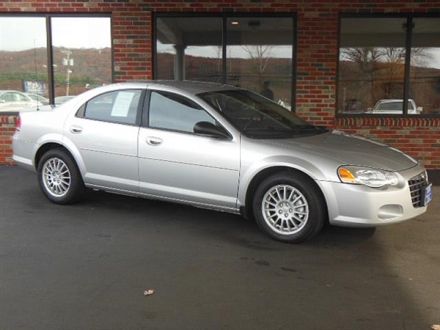 Used 2006 Chrysler Sebring in Naugatuck, Connecticut