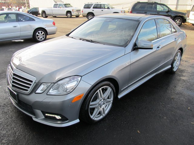 Used Mercedes-Benz E-Class 4dr Sdn E550 Luxury 4MATIC 2010