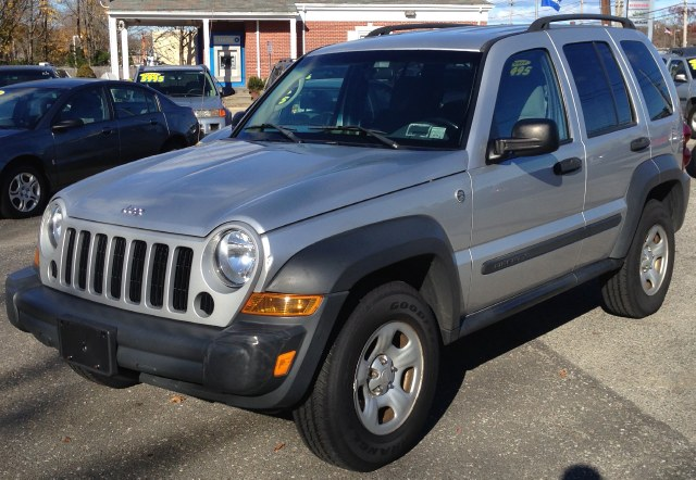 Used Jeep Liberty 4dr Sport 4WD 2006
