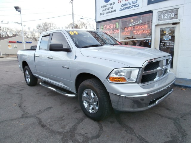 "Used Dodge Ram 1500 4WD Quad Cab 140.5"" SLT 2009"
