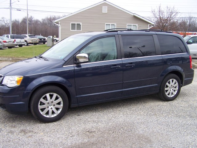 Used Chrysler Town & Country 4dr Wgn Touring 2008