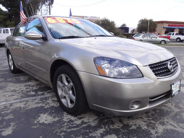 Used Nissan Altima S 2005