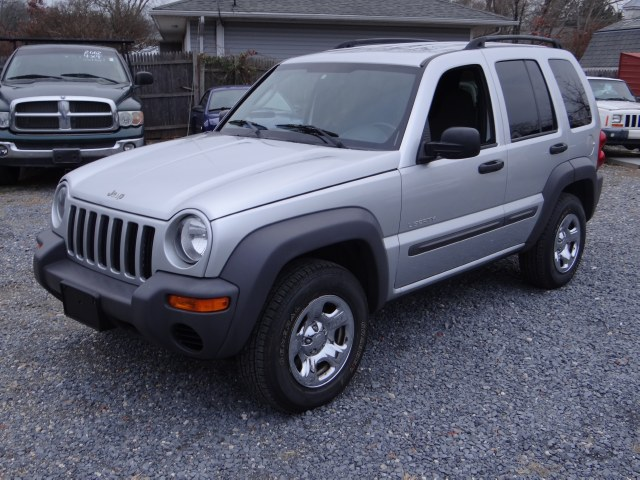 Used 2004 Jeep Liberty in West Babylon, New York