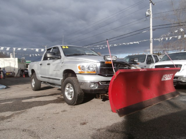 Used Dodge Ram 2500 4dr Quad Cab 140.5 4WD SLT 2006